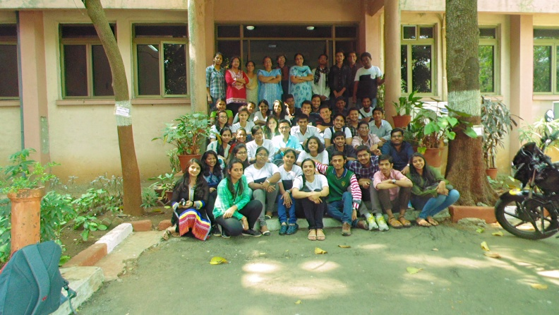 Chemistry-NIUS XIII group photo.JPG